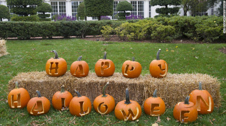 Happy Halloween! Trick or tweet with politicians
