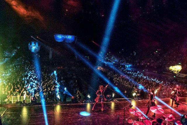 BABYMETAL、13劇場で「LIVE AT WEMBLEY」のワールドプレミア開催 https;//t.co/C4QCrVElKm #BABYMETAL h...