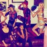 Ryan Reynolds emprestou uniforme usado nas gravações de 'Deadpool' para Taylor Swift