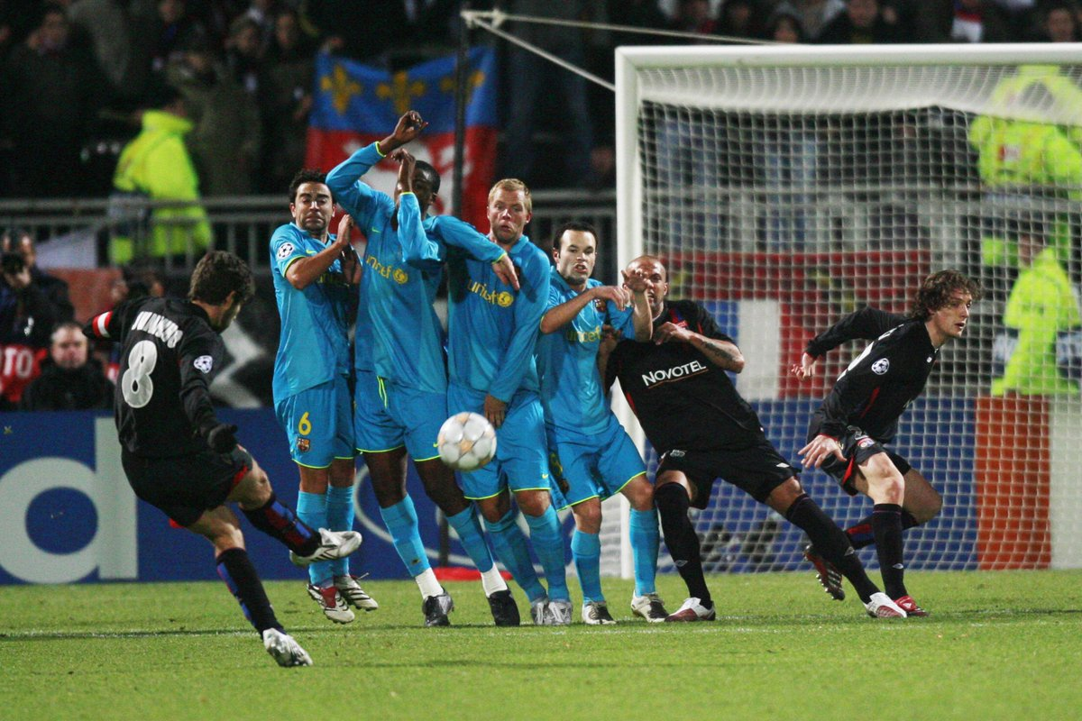 barcelona had last conceded from a direct free kick in the ucl