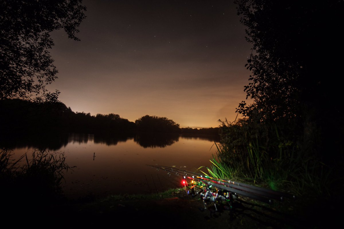 Halloween in Northamptonshire... the stunning Elsons Lake on the Stanwick Complex. #elsons #carpfish