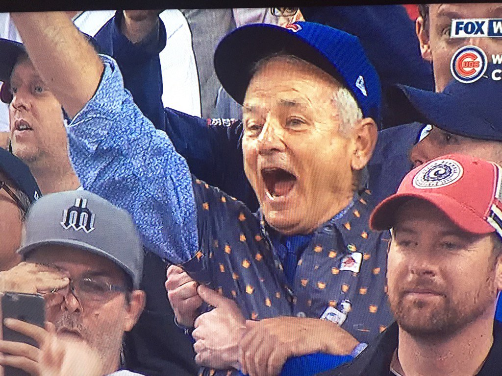 """""""IT'S IN THE HOLE!"""" #Cubs https://t.co/msfVYNyypI"""