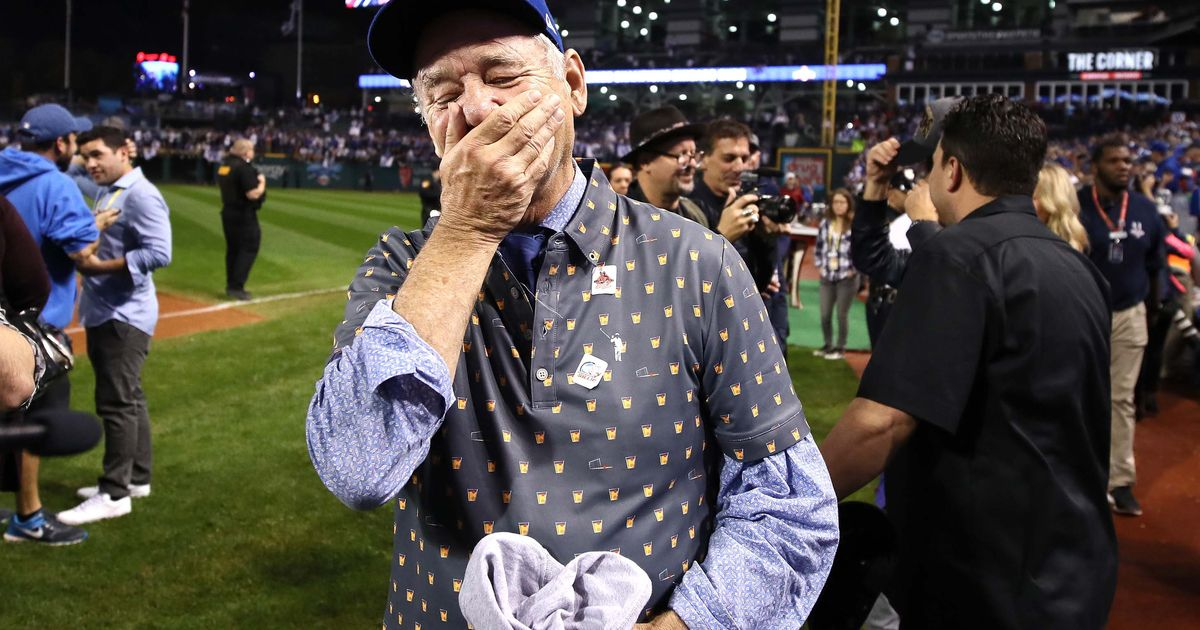 Bill Murray overcome with joy the moment Cubs win World Series