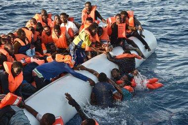Survivors report 240 dead in 2 Mediterranean shipwrecks
