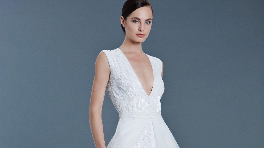 Saks Jandel's Huge Closing Sale Still Has Wedding Dresses for Under $800 https://t.co/9hs1fcmHBS https://t.co/uigEYYbJTv