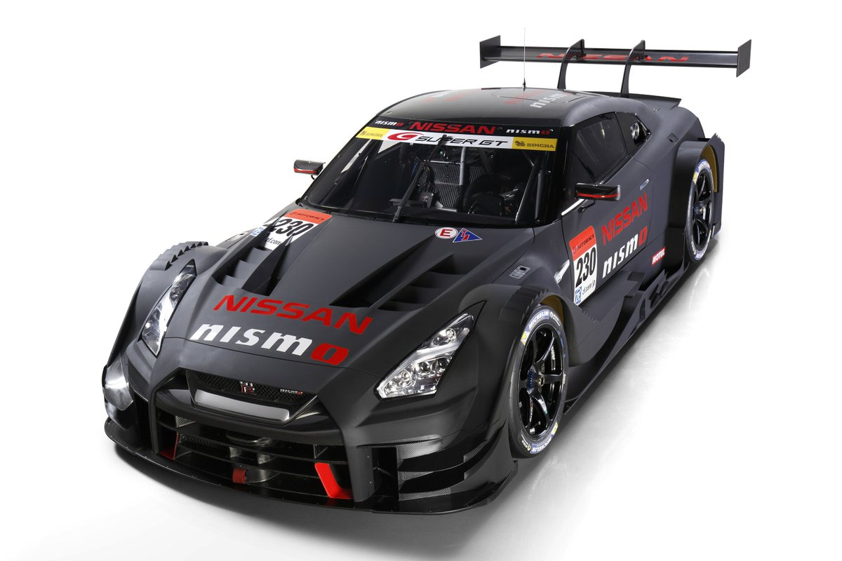 Hey #NISMOnation - check out the new 2017-spec @Nissan GT-R NISMO GT500. #OMGTR indeed! https://t.co/Y1aE3ySF8K