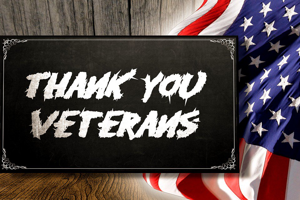 On this #VeteransDay thank you to everyone who served & their families! #gratitude https://t.co/4iwn0yrK1p