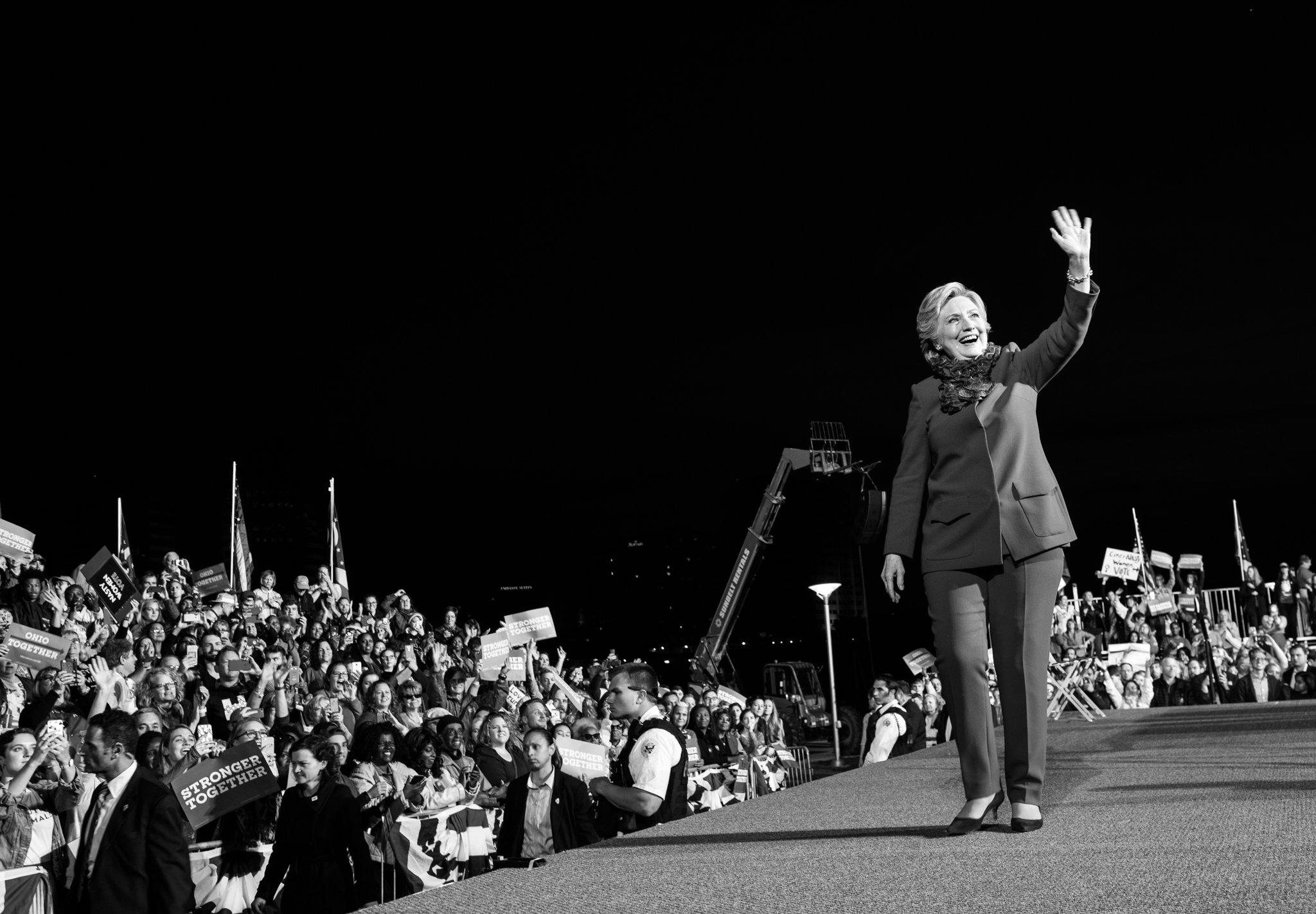 If you believe in a better, stronger, fairer America:  Vote. https://t.co/3TKJ4H68Kz https://t.co/txByLknaxT