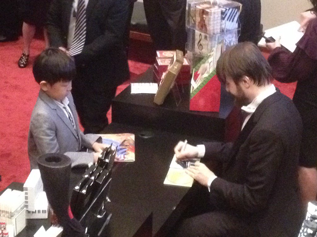 Daniil #Trifonov makes it a very special night for a young fan https://t.co/lBapfvvKya