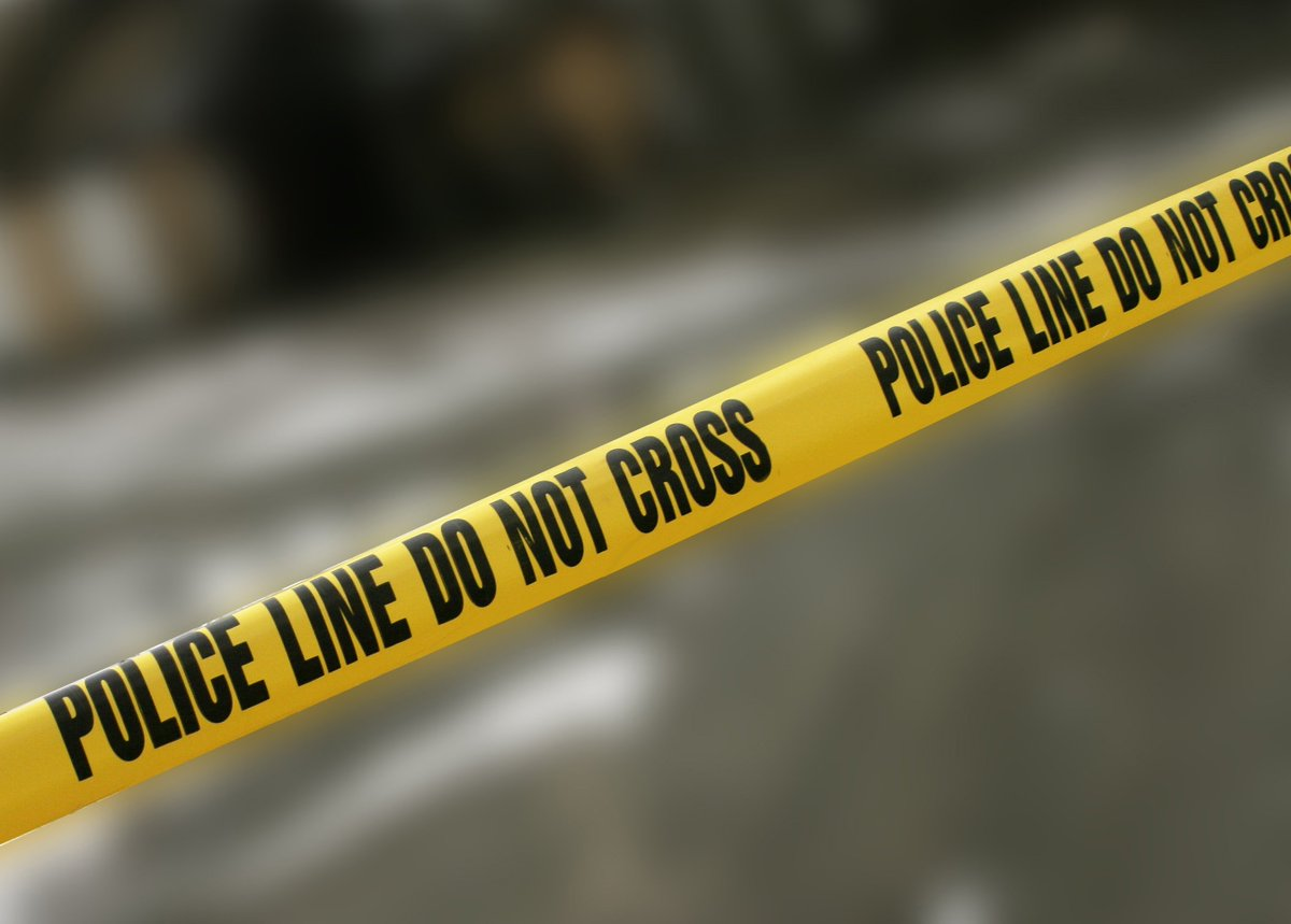 Man's body found in drainage ditch in Monroe County