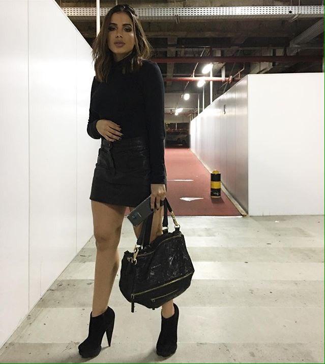 #AnittaBestBrazilianOnEMA: Anitta Best Brazilian On EMA
