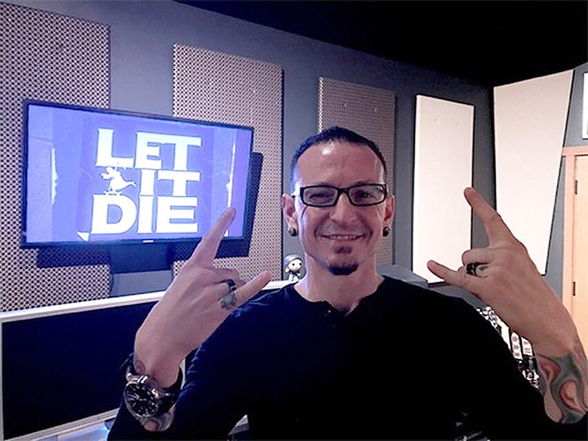 The guys @LETITDIETheGame gave me a sneak peek at LET IT DIE. Most fun I ever had running around in my underwear. https://t.co/d6Nh6TZhcn