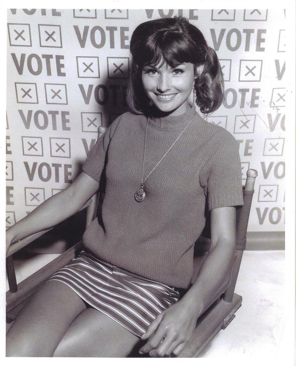 Caroline O'Connor (actress) photo