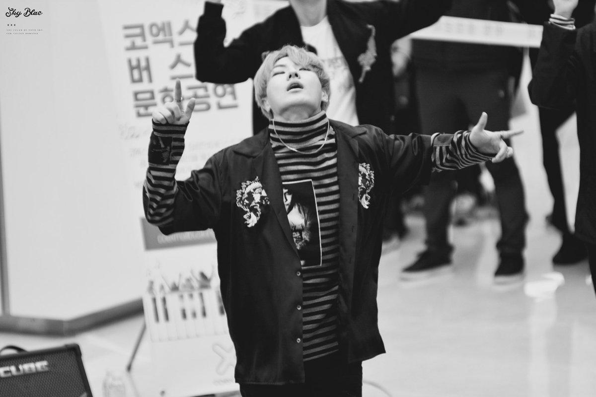 RT @970925HaNSe: [HQ]161105코엑스 버스킹 중독 🔥 #빅톤 #코엑스 #VICTON #도한세 #한세 #HaNSe #VICTONDEBUT #데뷔 #11월09일 ...