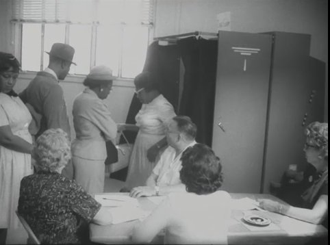 Watch first time voters cast their ballots in 1966: https://t.co/244MVIxYWr #Civilrights #voting @NMAAHC https://t.co/HbuN9eMu2I