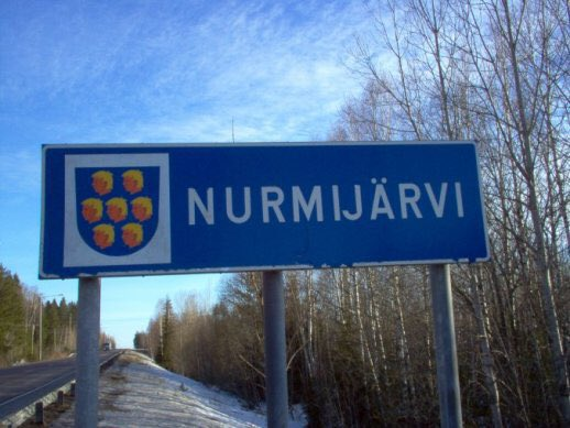 Oh crap. I just realised that the Nurmijärvi municipality logo is 7 Trumps... #USElection2016 https://t.co/YByx1RE68S
