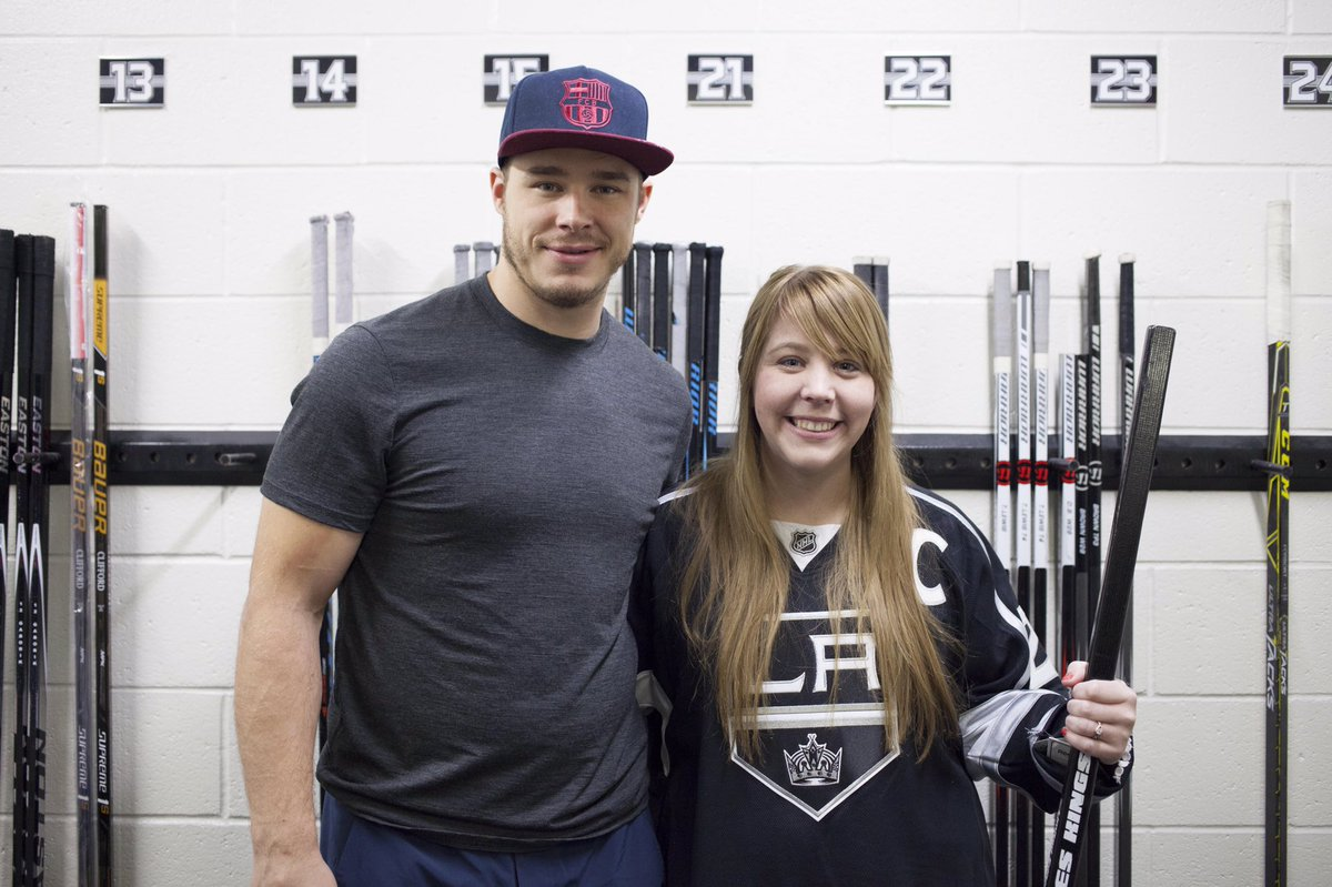 Thanks to everyone who entered the @toyotasocal #MeetDustinBrownSweepstakes. It was great to meet you Kelli! https://t.co/BPtO9Z9KGb