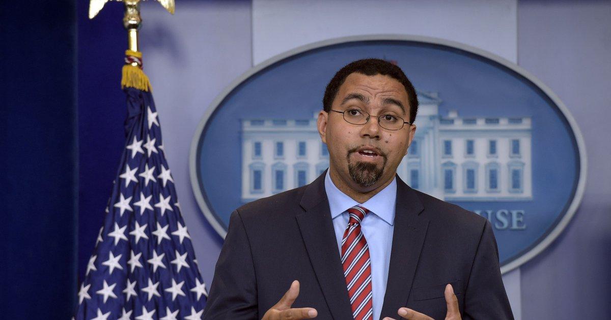 U.S. Education Secretary to schools: Stop hitting, paddling students
