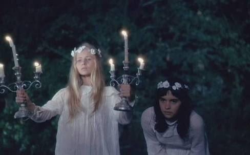 #映画で印象に残っている蝋燭小さな悪の華。