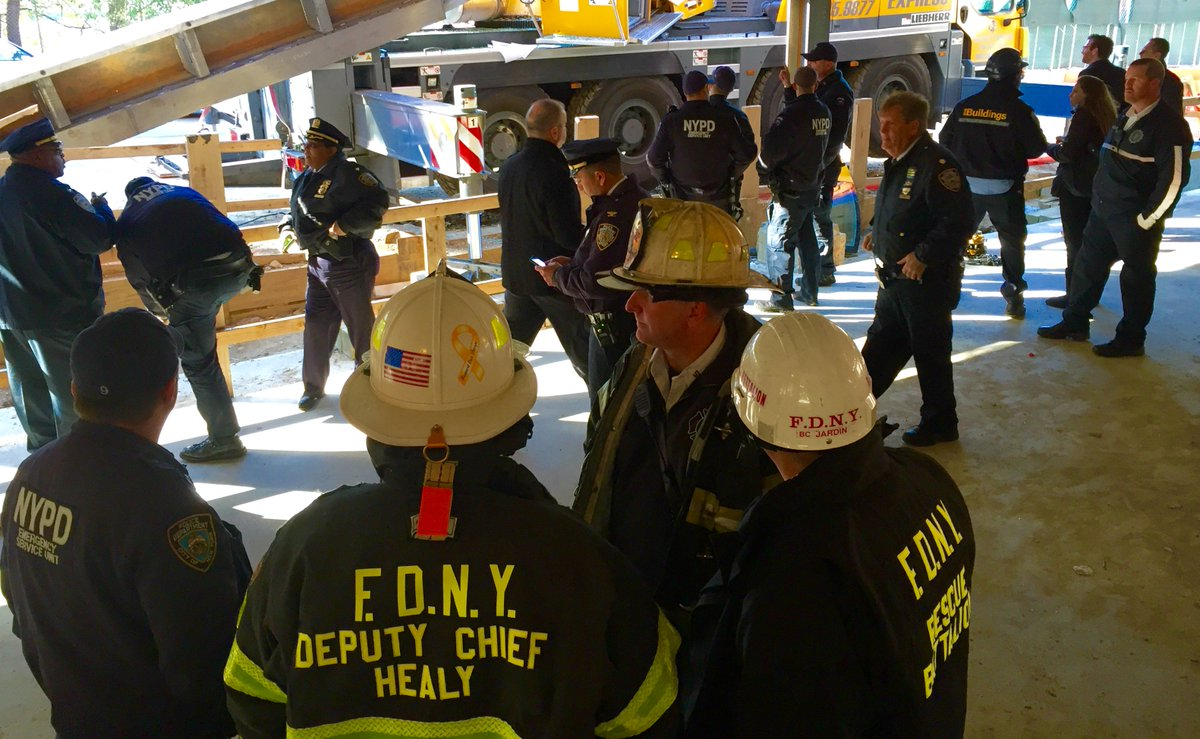 Fdny Is Sending 41 Members Of Special Operations Command To Buffalo To Help The City After