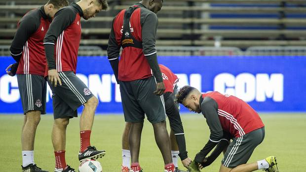 Montreal's turf shouldn't affect MLS playoff series against Toronto FC From @dshoalts