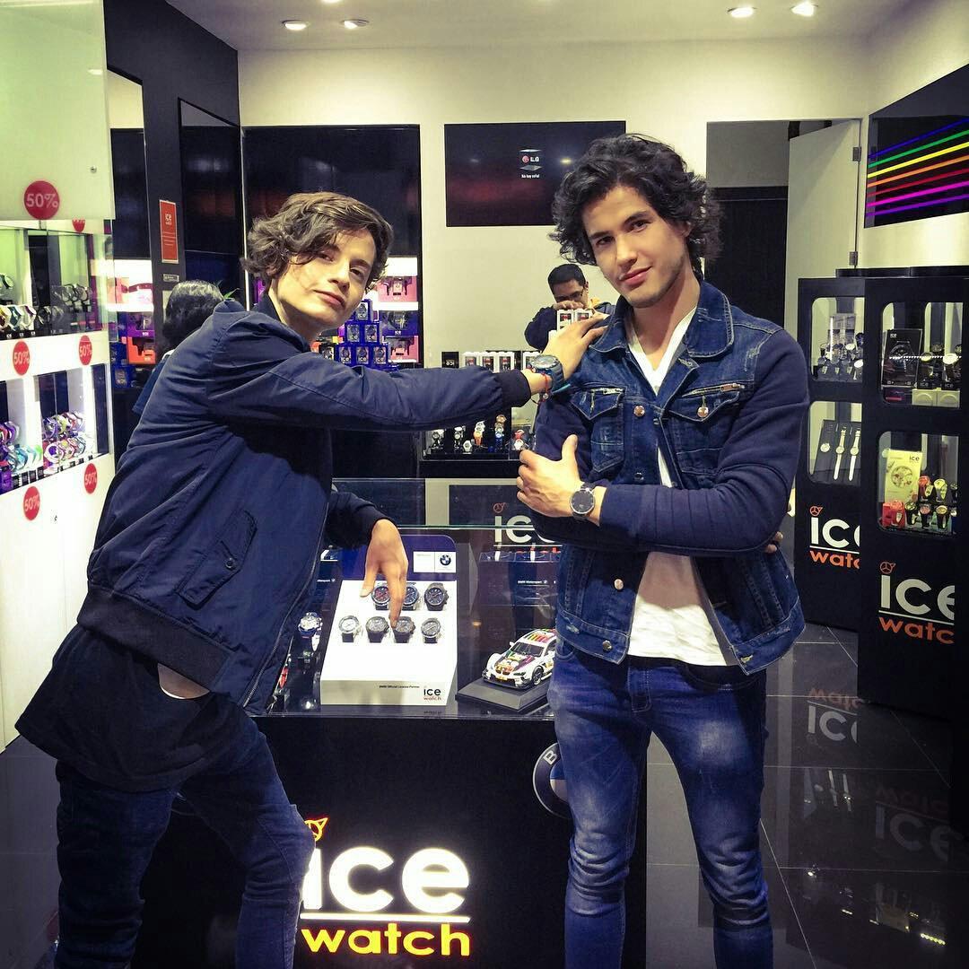 Este fin de semana también nos visito @AndreMxOficial en nuestra tienda de @centrostafe ¡Muchas gracias! https://t.co/vnlJz98DFL