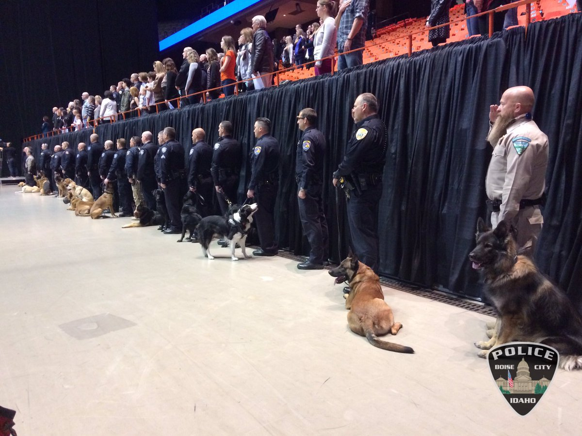Over 40 K-9 units are here for Jardo's memorial. https://t.co/bioqDoqc4u