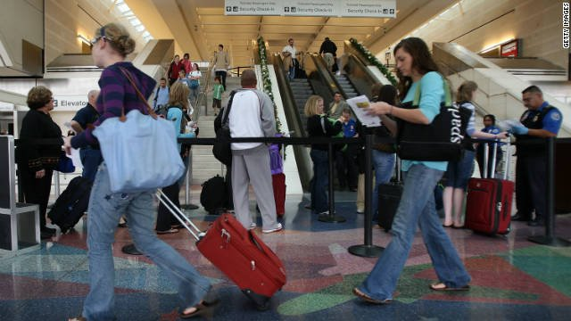 Here are five ways to avoid germs while traveling this Thanksgiving season