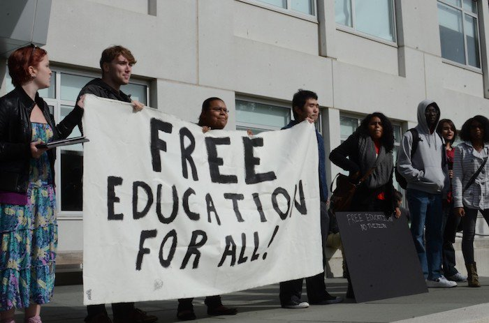 No, protestors, you are not entitled to free education https://t.co/YWTh377hZw #tlot #ronpaul https://t.co/Nwnz03EsQO