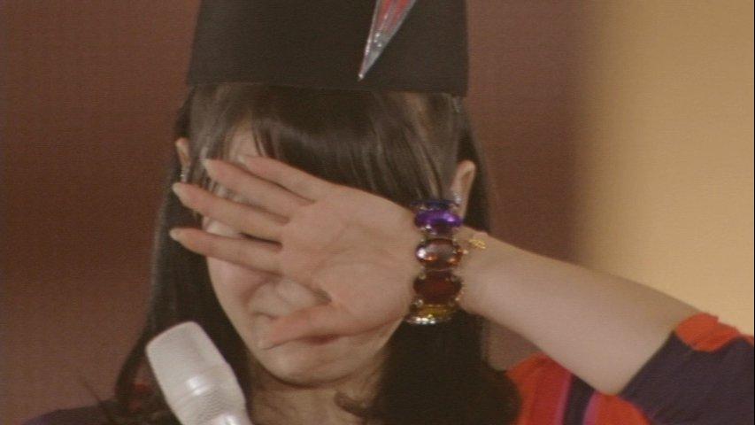 泣く仕草が2010年の東京ドーム時と変わらないあ〜ちゃん可愛すぎでは? https://t.co/I9FUyWjGIS