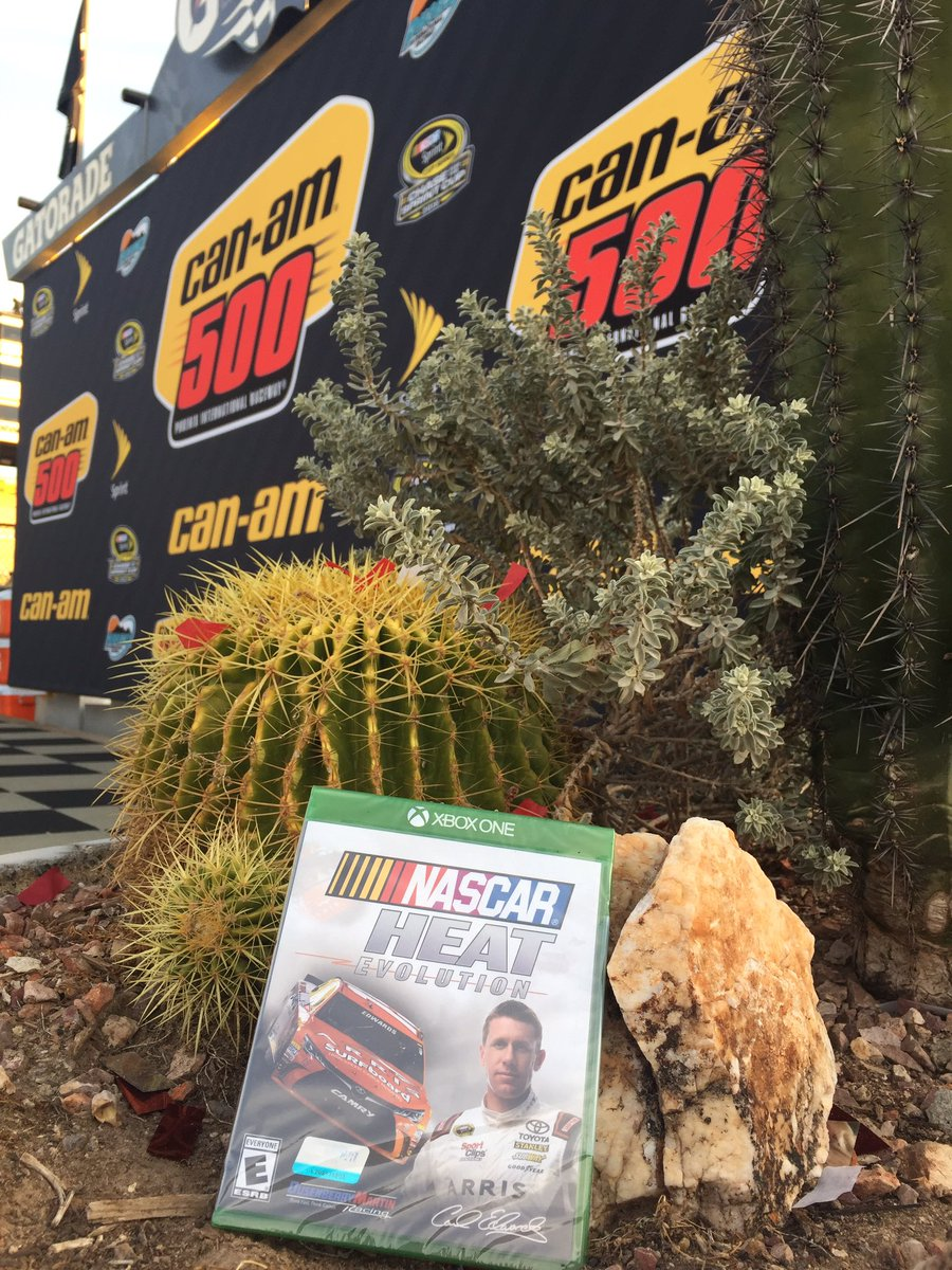 It's time for a giveaway - RT for the chance to win @dmrnascarheat! #CanAm500 #Phoenix4 #TheChase https://t.co/OpSqugH6tb