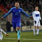 Depay saves Dutch blushes, Swiss win