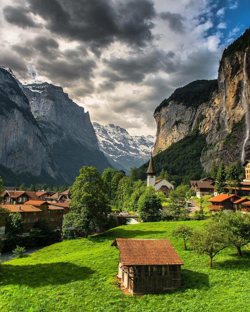 A gorgeous scene in Lauterbrunnen, Switzerland | Photography by ©@scotts_shotz on IG https://t.co/POSSUTxT5I