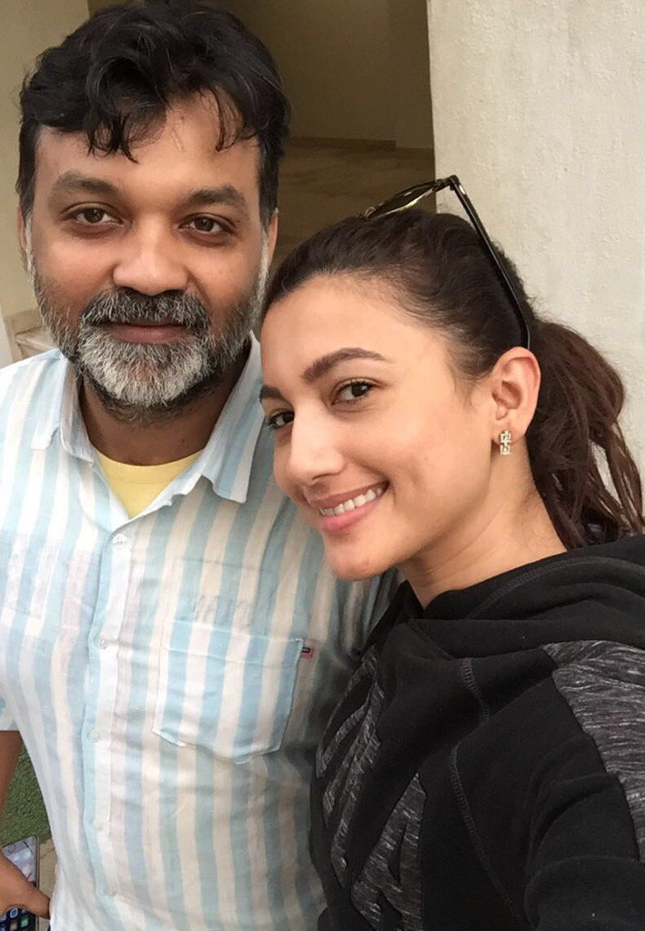 The fantastic @GAUAHAR_KHAN completes her dubbing for #BegumJaan!!!:):):) https://t.co/bpHXd6u1Me