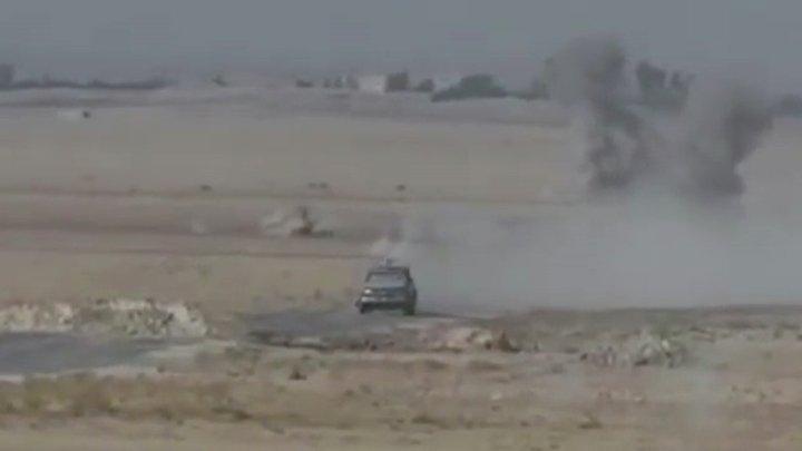 Les forces spéciales françaises détruisent un véhicule de Daesh - https://t.co/8r7DNTgngy https://t.co/r6Sq2WeUXI