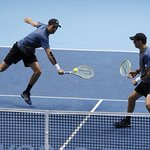 Jamie Murray steps up bid for doubles top spot