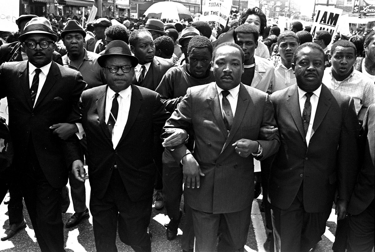 """""""A weaker man would've given up, but not Dr. King."""" - @HenryLouisGates  #BlackAmericaPBS https://t.co/kWVppxOcUy"""