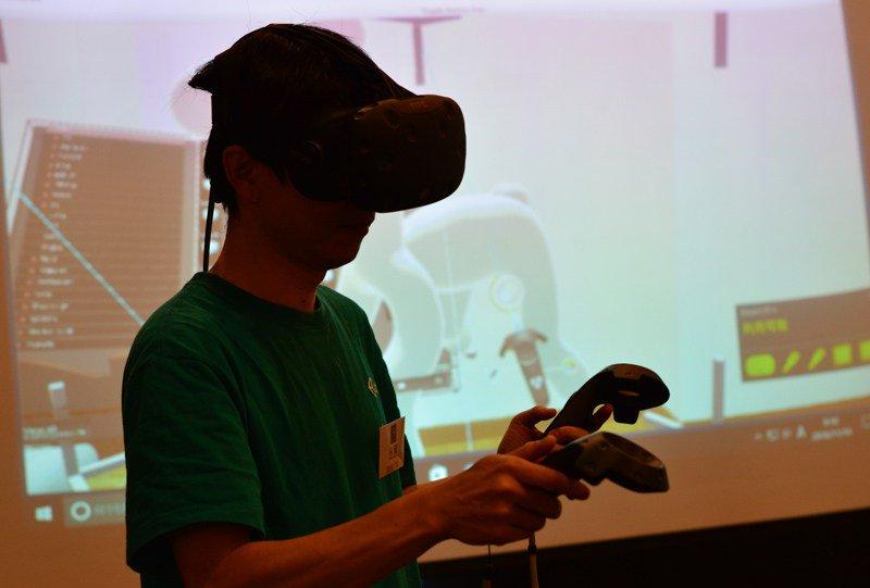 Unityが仮想空間構築ツール「Editor VR」を日本初公開 【@maskin】 https://t.co/pPVrsqS3mL https://t.co/zJyINAJb9j