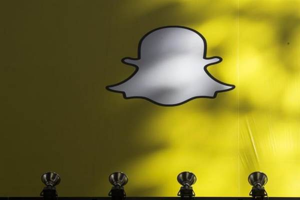 Snapchat takes one step closer to biggest stock market debut (since 2014)