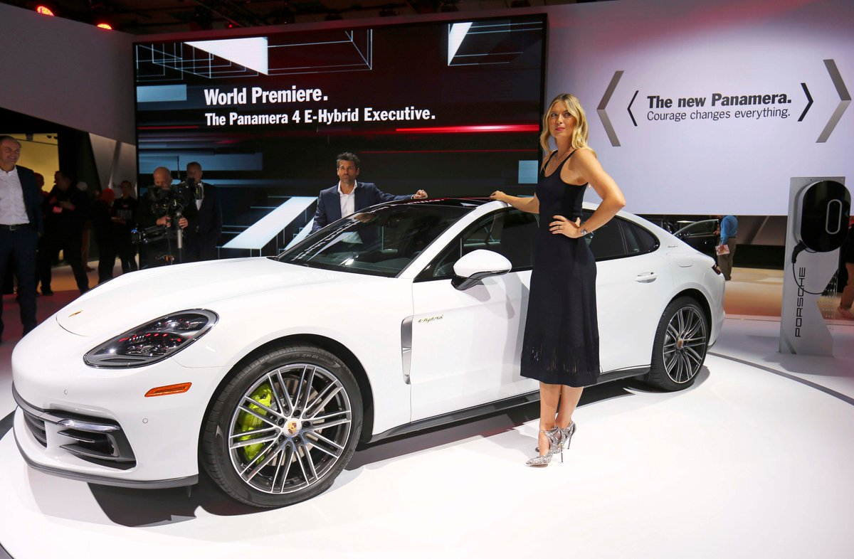 RT @uzapelloni: #LAautoshow a casa @Porsche con la nuova #panamera anche @MariaSharapova @PatrickDempsey https://t.co/vAlZiTszWG