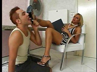 porno-video-masturbatsiya-transvestitov
