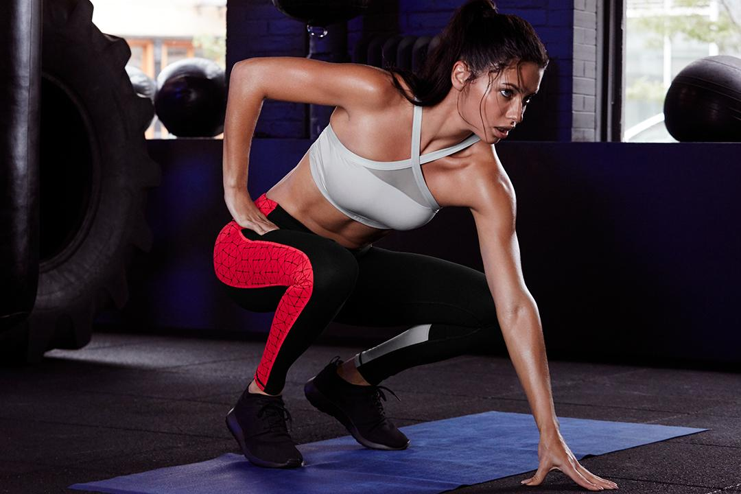 For the fit girl on your list: 50% off @victoriasport pants, in ????????/???????? only.  https://t.co/GXUfHtuJpg https://t.co/alSaibCpAK