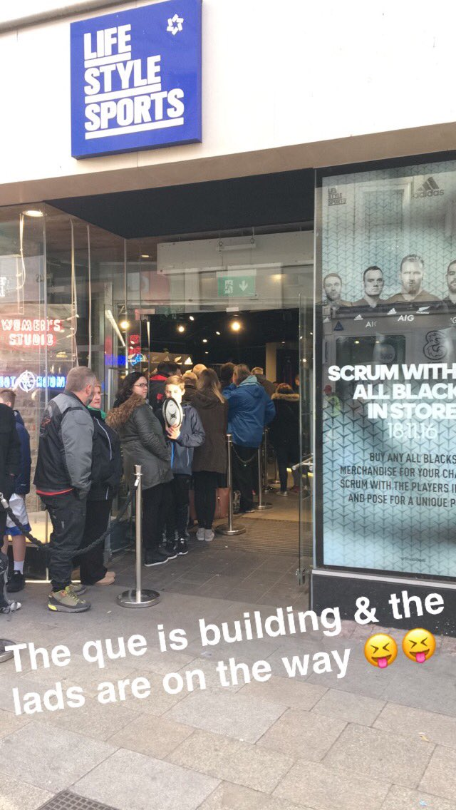 Head over to our snapchat 'lifestylesport1' for some snaps with the @AllBlacks this morning! #IREvNZL https://t.co/iTiysqYip6