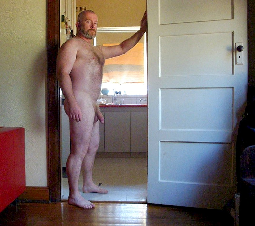Daddy Bear in the door.... or You can get fucked after you do the dishes. https://t.co/H5Hm8OG0g5