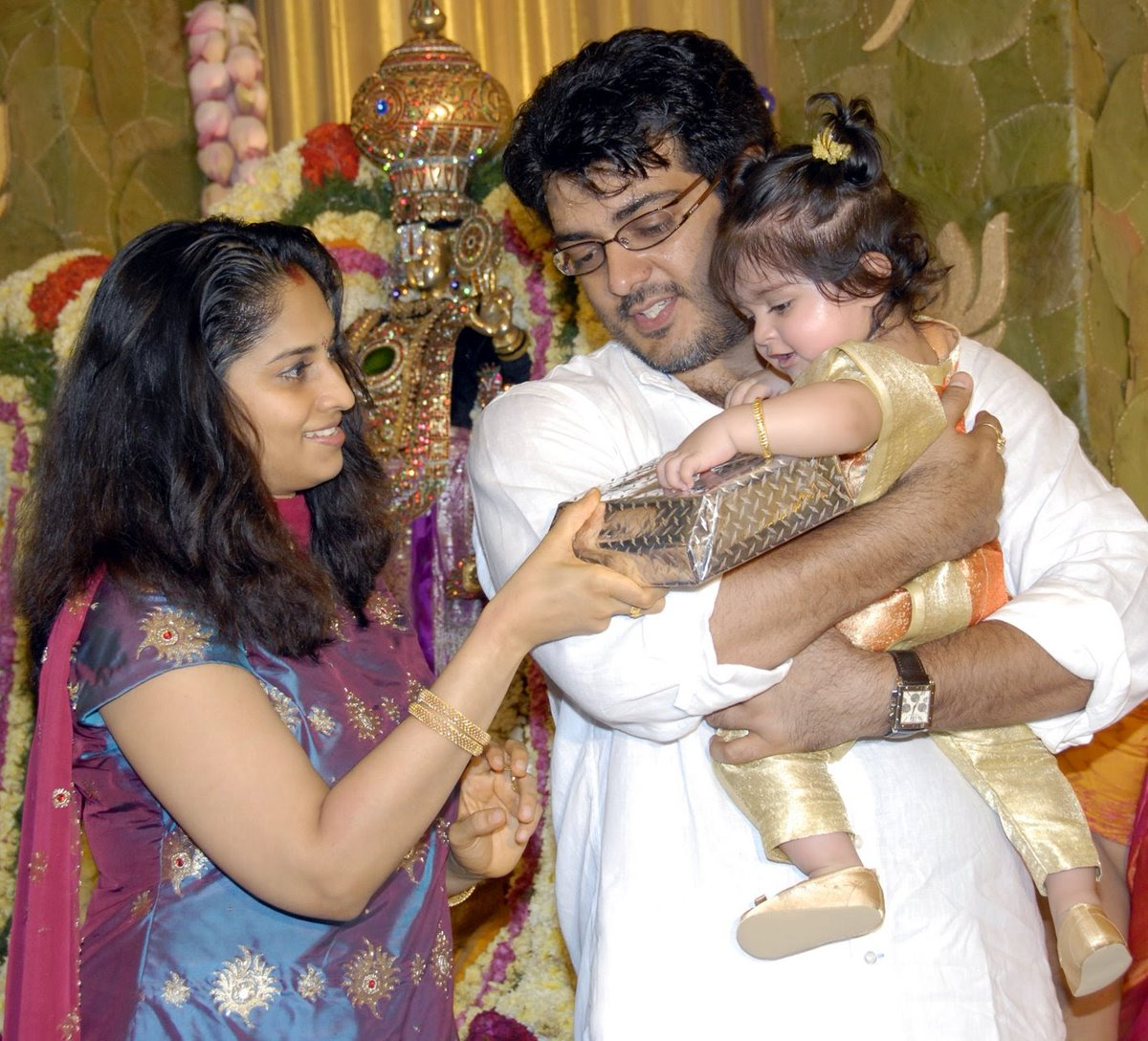 Actor Ajith Family Photos - Thala Ajith Kumar and Shalini. - Pinterest Actress shalini family photos