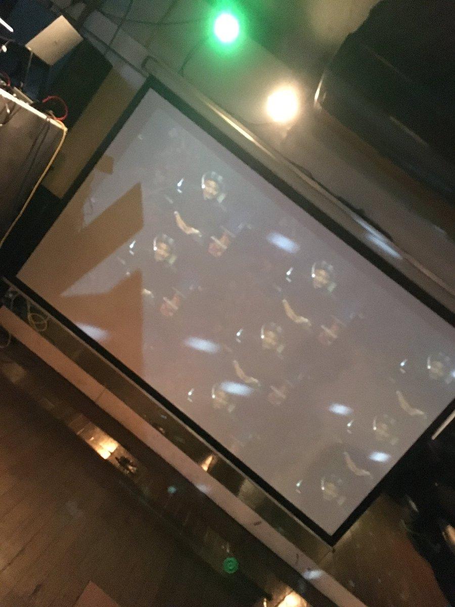 レーカンで稲川さんが映るアニクラです#グルーブエンチャント