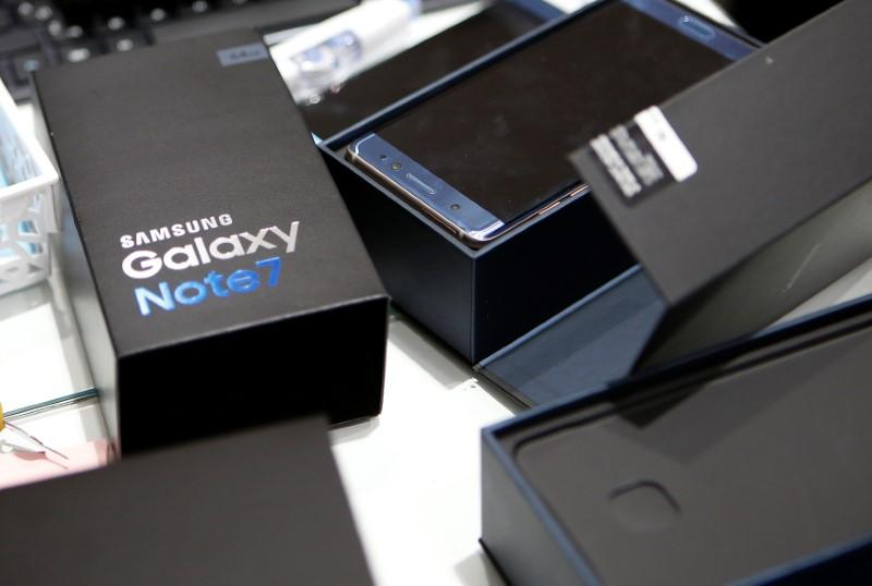 Galaxy Note 7 recall did not damage Samsung brand in U.S.: Reuters/Ipsos poll