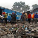 India train disaster toll rises to 142, more dead feared