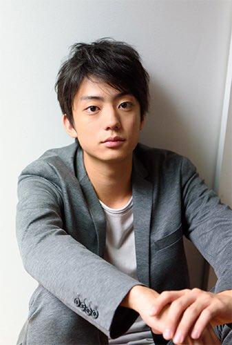 北高弓道部のエース、藤岡勇輔役には、『俺物語!!』、『ミュージアム』に出演した今旬の俳優、健太郎さん。弓道部の大会を通じ