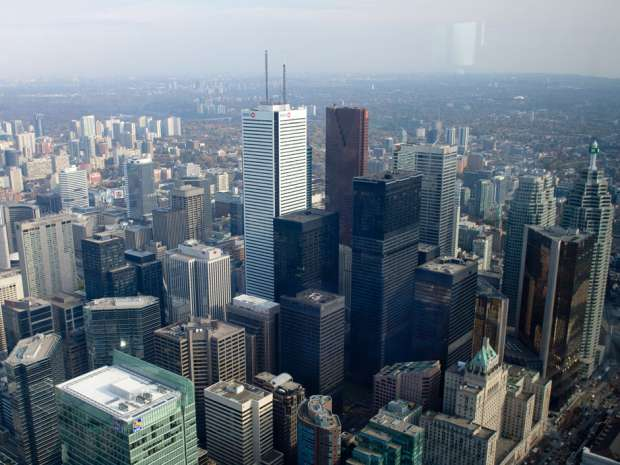 Foreign investors continue to gobble up Canadian commercial real estate: report